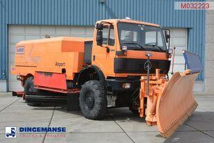 MERCEDES-BENZ SK 2031 4x4x4 Schmidt CJS9 airport sweeper snow plough flygplats sopmaskin